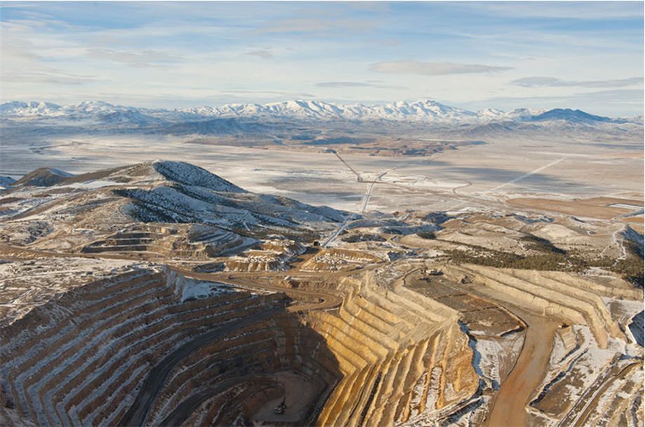 An aerial view of the Barrick Gold mine
