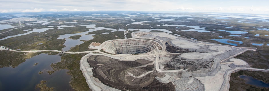 Aerial photo of the Ekati diamond mine